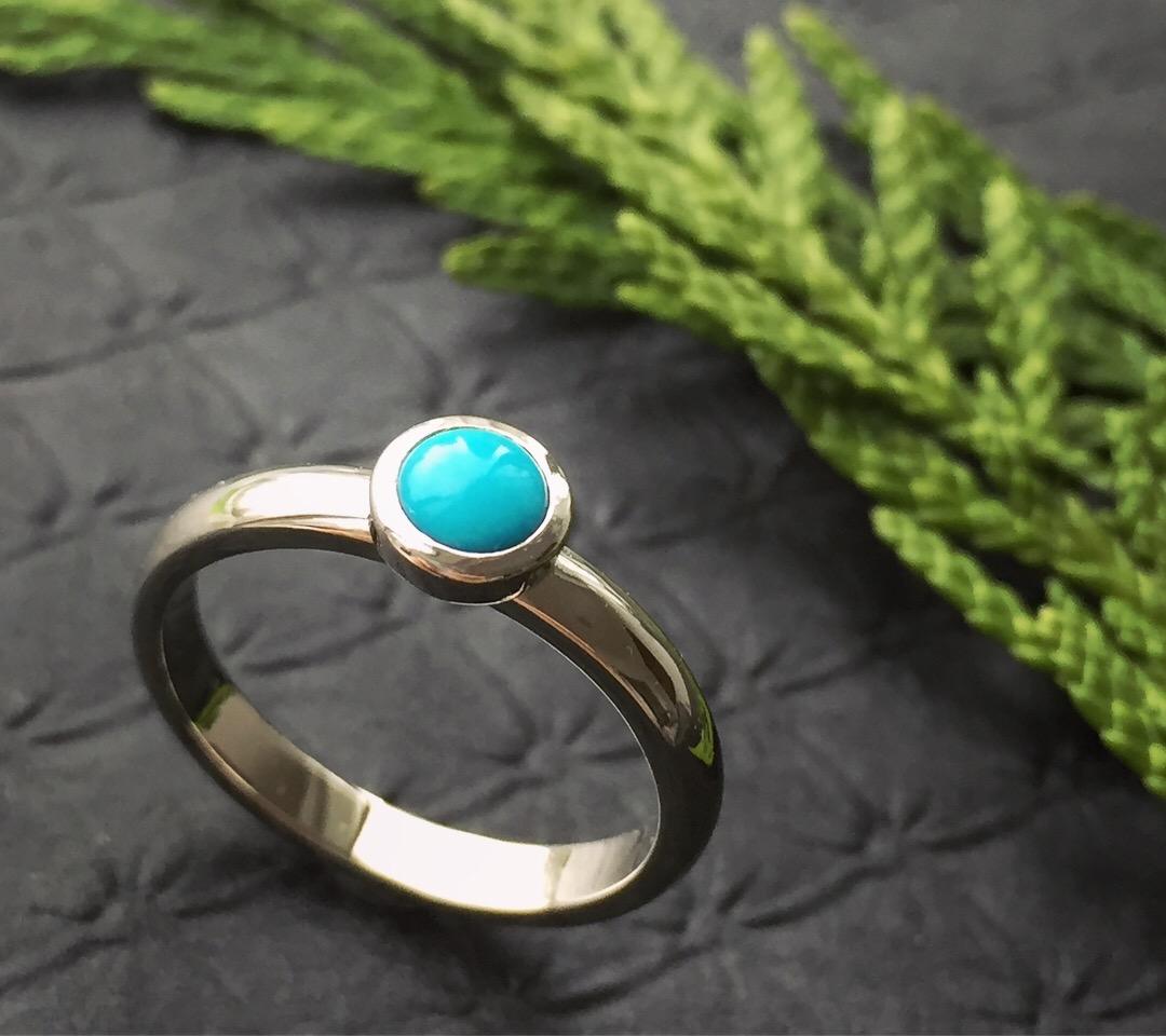 verena-strigler-turquise-white-gold-ring-vancouver.jpg