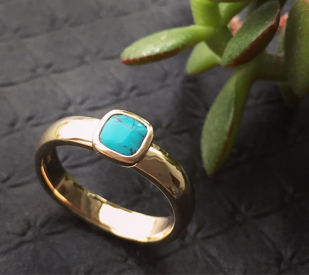 verena-strigler-turquoise-ring-yellow-gold-vancouver.jpg