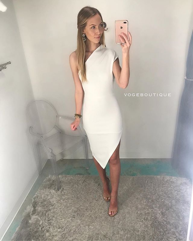 And who am I? That's one secret I'll never tell — but I will spill all the details on the dress Blair ' WALDORF ' is wearing!!! It's Voge Boutique's #new asymmetrical bodycon dress | S, M, L | $52 | SA ONLY|| Comment, call 210.254.9297 or iMessage SHOPVOGE@GMAIL.COM to purchase! #shopvoge #vogboutique #gossipgirl #littlewhitedress #vogeantonio  XOXO,  GOSSIP GIRL