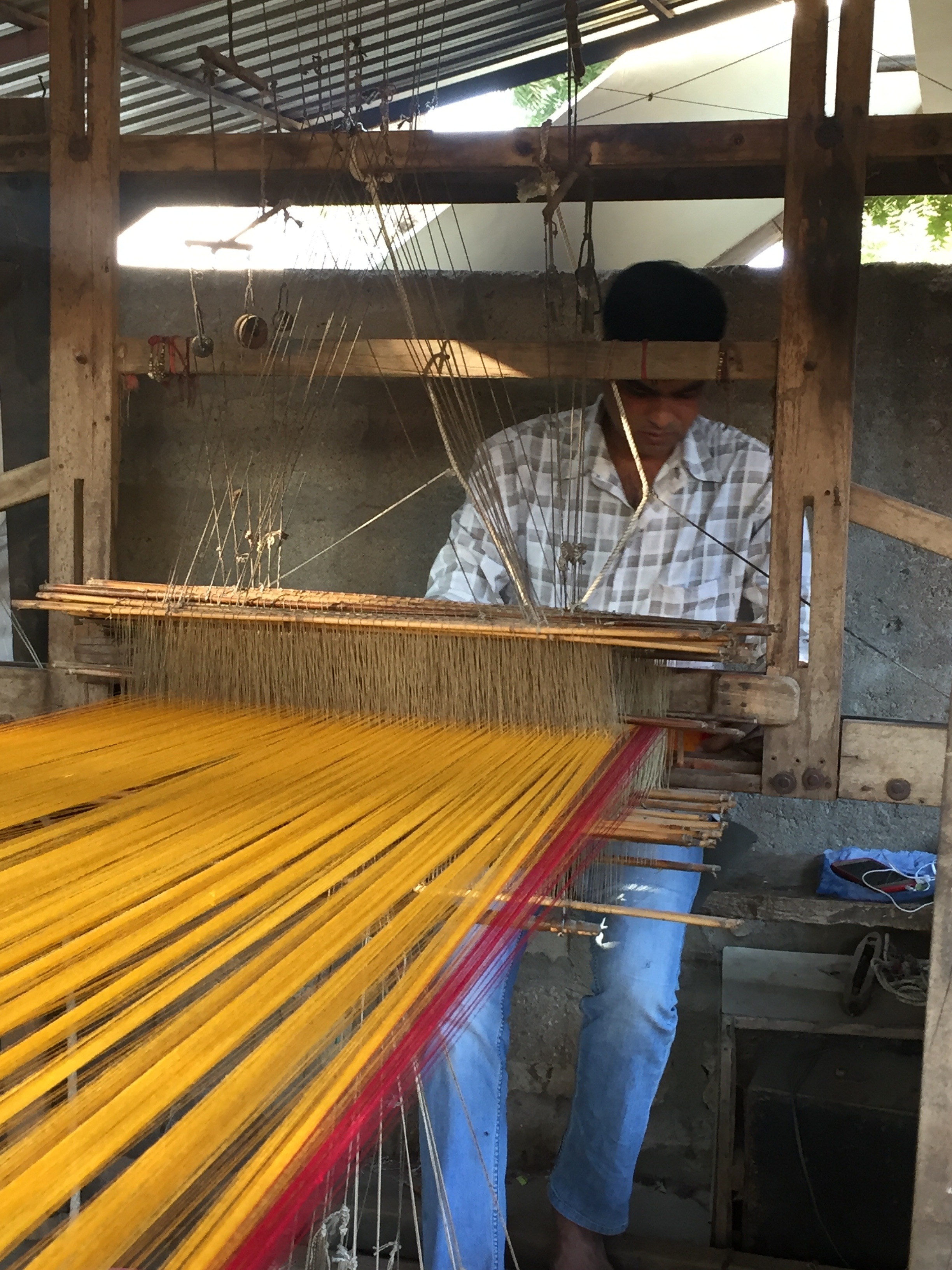 mashru weaving.JPG
