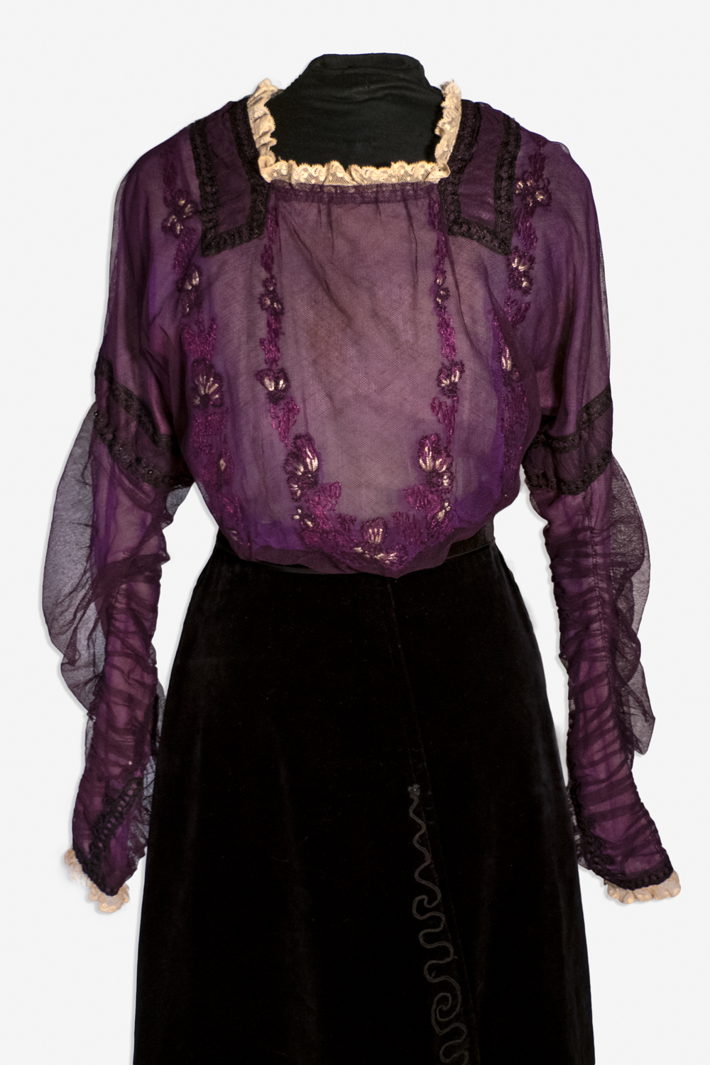 01 Silk Blouse centre front
