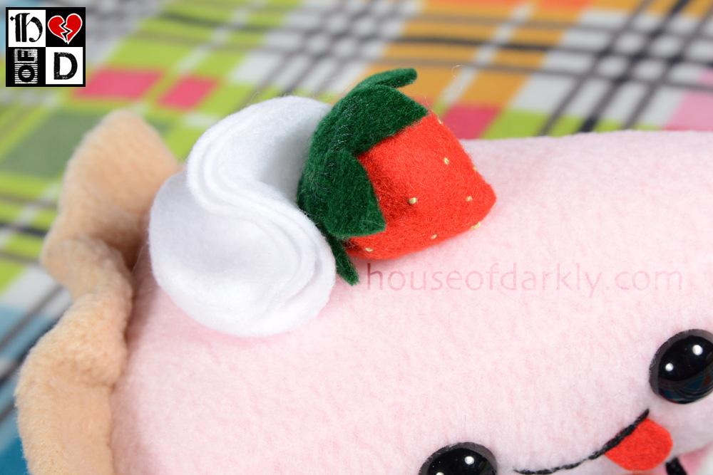 piestrawberry2LG.jpg