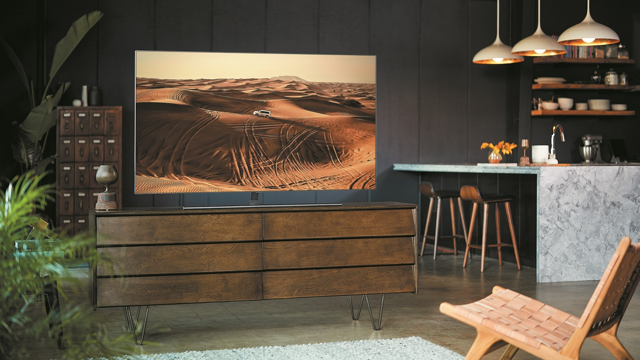 Best features of the new Samsung QLED TV - If you're upgrading your TV, Samsung's QLED range ticks all the boxes - Gizmodo