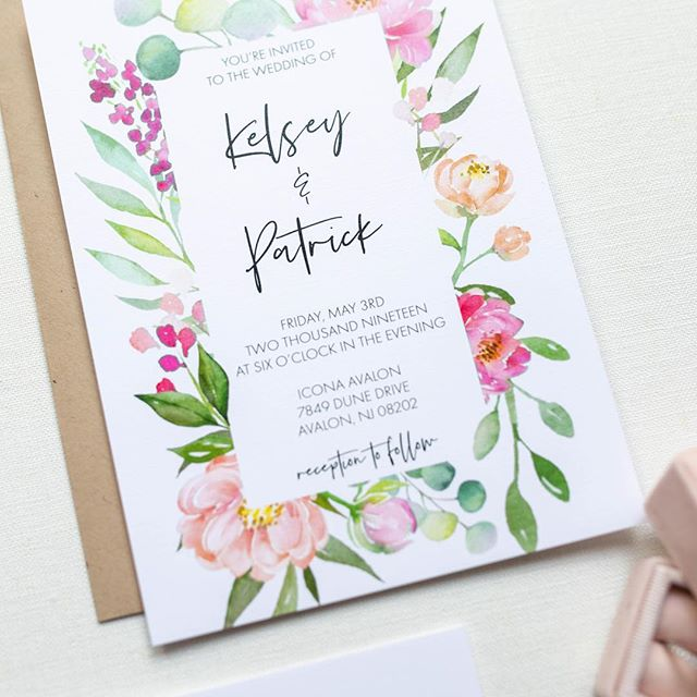 MEET KELSEY |  Printed on a slightly textured linen paper with pretty pink and peach watercolor florals, the Kelsey Suite sets the tone for your romantic, garden inspired wedding. After all, your wedding stationery should be just as magical as your love story! 💕 . . . #weddinginvitations #weddingstationary #gardenwedding #romantic #romanticwedding #floralinvitation #floral #pink #peach #lovestory #wedding #weddingday #ido #invitationsuite