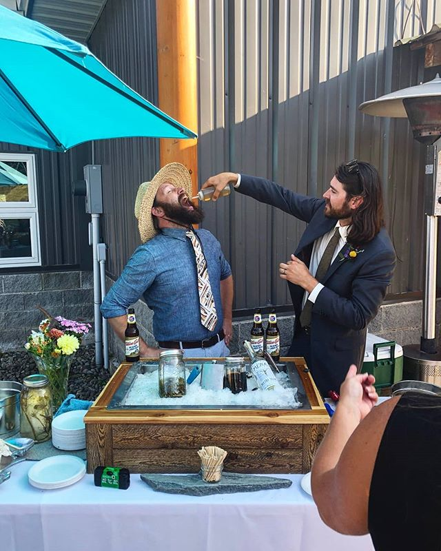 When you run out of oysters at your own wedding and all that's left is the shooter booze...well? When in Rome.  Special thanks to @fineshuckit for making the trip out to the boonies to boogie and shuck it up for us on the big day!  #groomvsshucker #shuckedatyourownwedding #adirondacks #popupoysterbar #weencouragegluttony #eastcoastvswestcoast #thecolderthebetter #oysters #adk