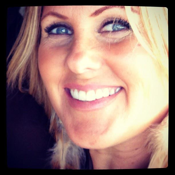 Tanya Profile Pic-4.png