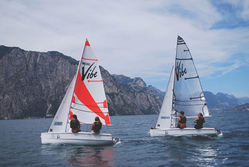 Sailboats_australia_slideshow3_opt.jpg