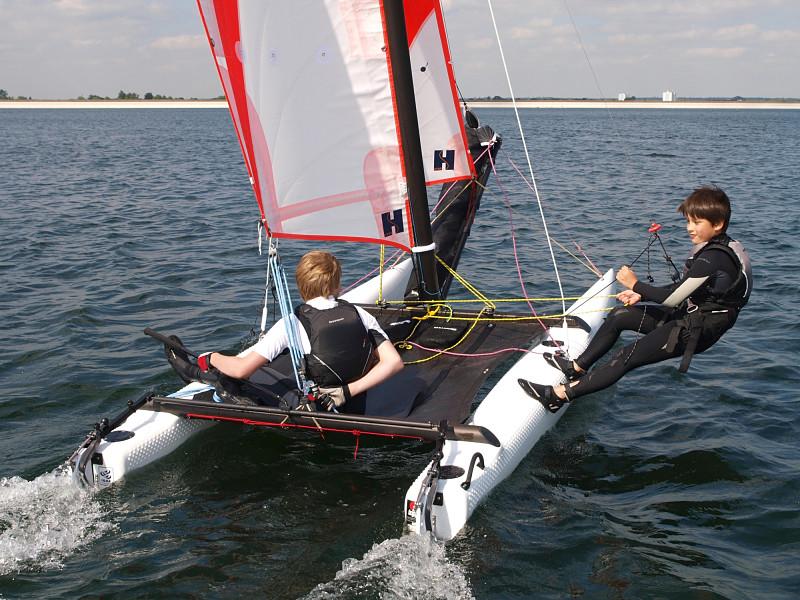 Sailboats_australia_slideshow4_opt.jpg
