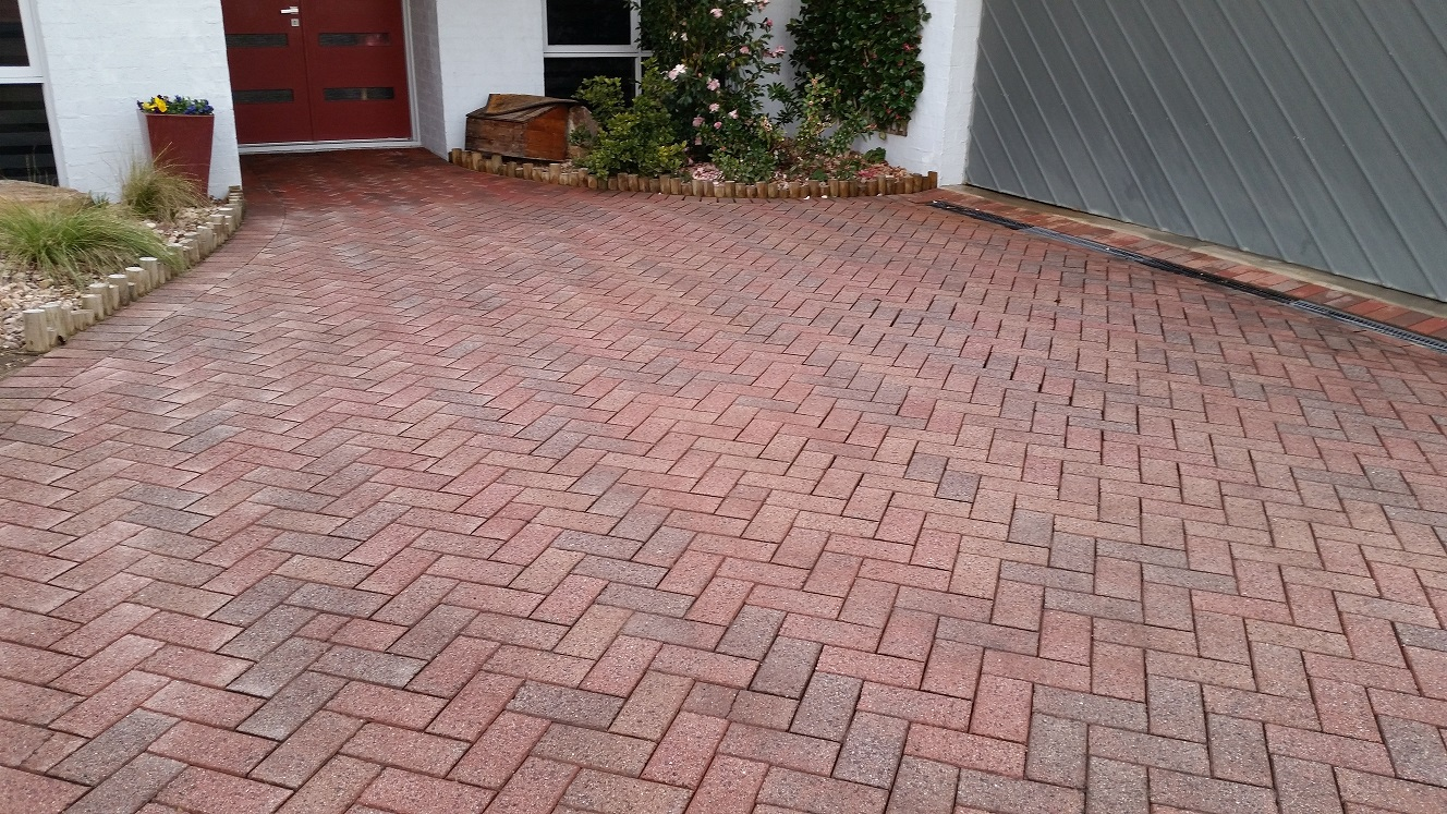 Pressure Cleaning, House Washing, Driveway Cleaning, Window Cleaning, Exterior Cleaning Mornington Peninsula Melbourne Bayside Somers Crib Point Bittern Hastings Tyabb Moorooduc Somerville Pearcedale