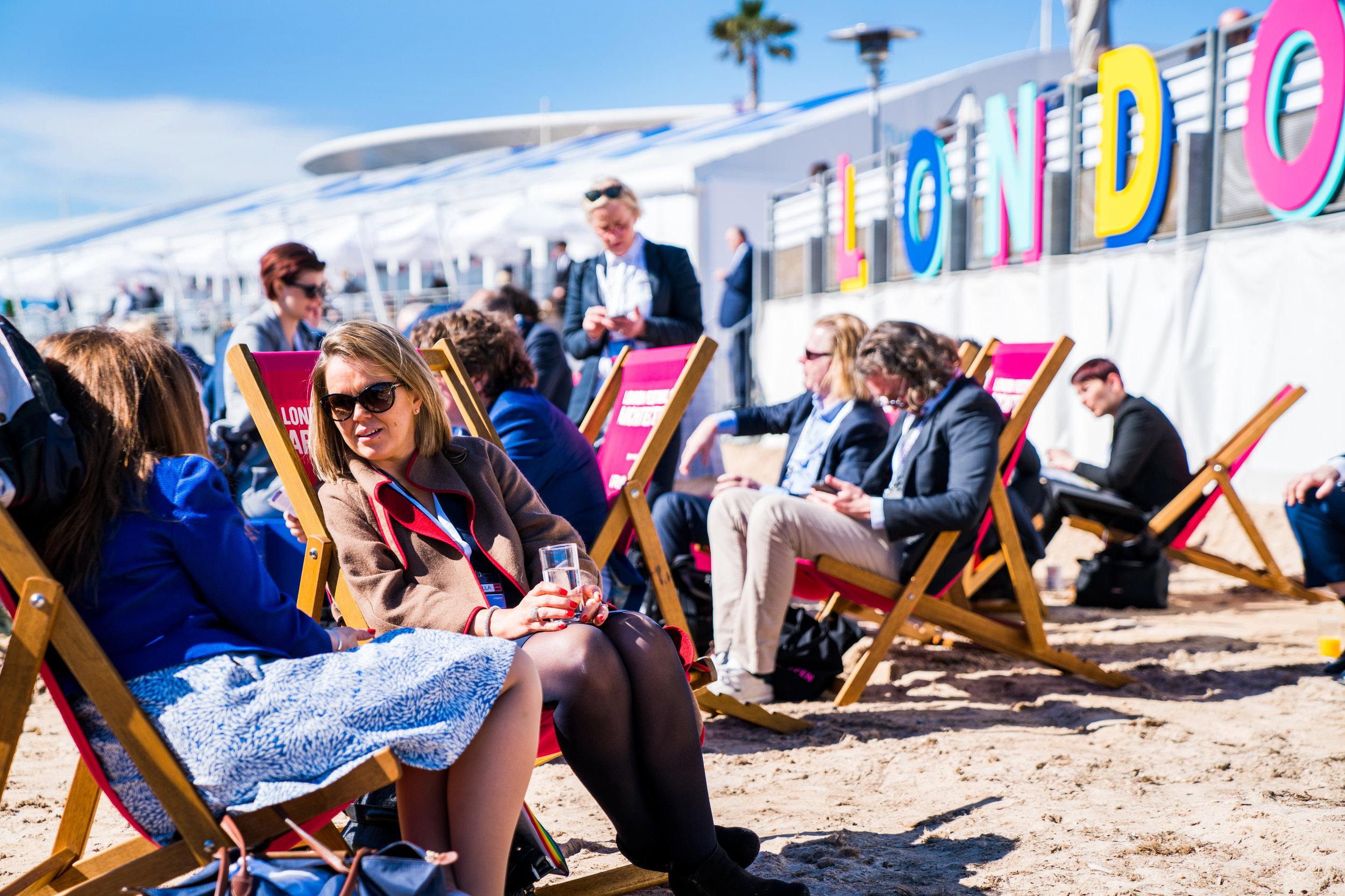 LONatMIPIM18_beachfront delegates2.jpg