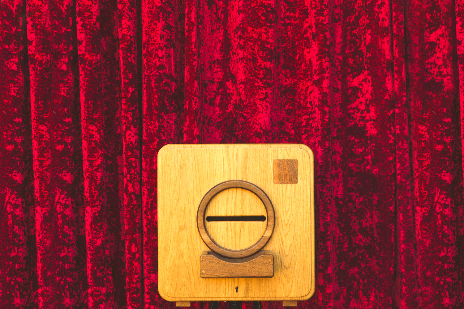 red curtains 1.jpg