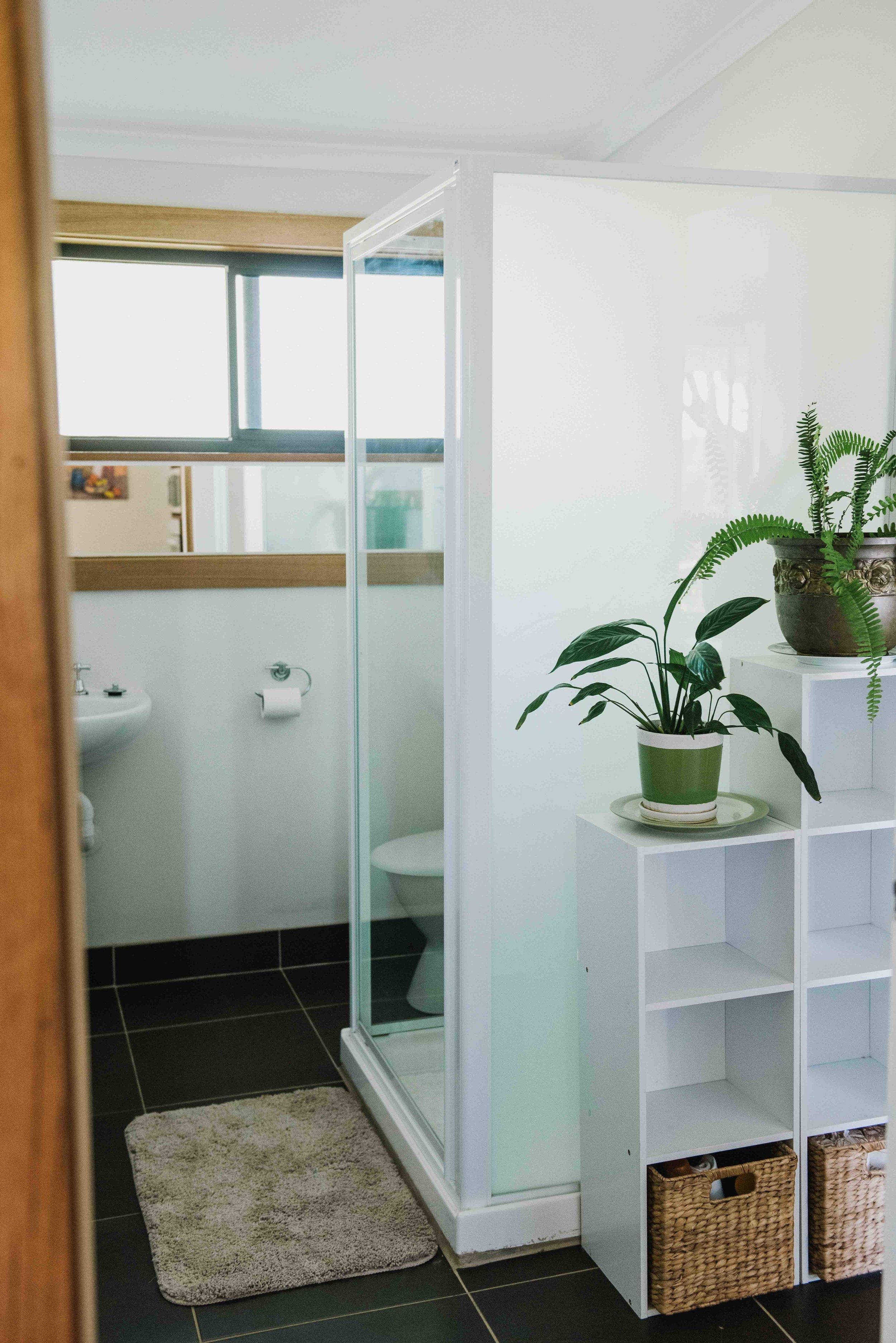 Little River Cottage_Bathroom.jpg