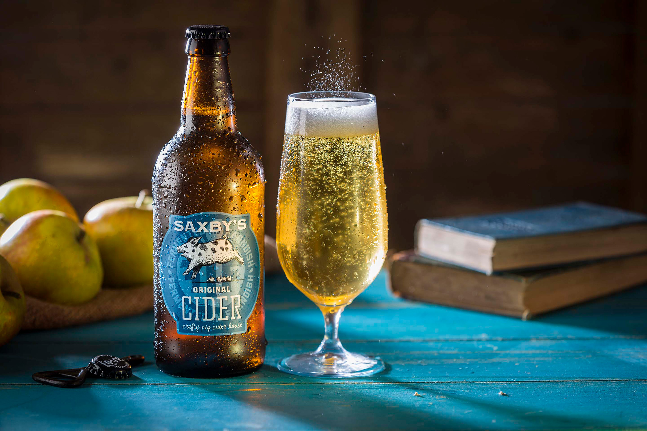 """""""Bright and clear pale gold cider with a lovely floral and earthy orchard aroma. Plenty of fresh apple in the mouth, well rounded, well balanced between the sweet and the sharp. A well-crafted cider."""" - 2019 Great Taste Judge's comments about Saxby's Original Cider"""