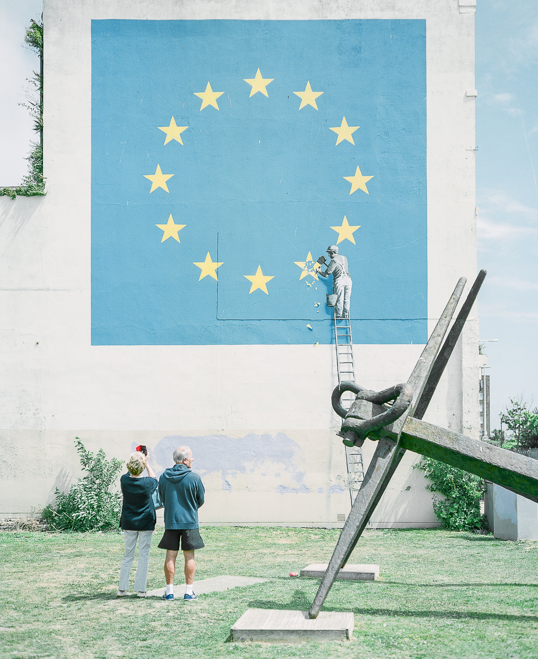 Site Visit: Banksy Brexit Mural Dover - ARTVISIT .....