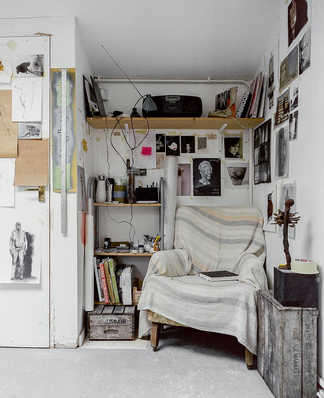 Studio Visit: Anna Gillespie - ARTVISIT...