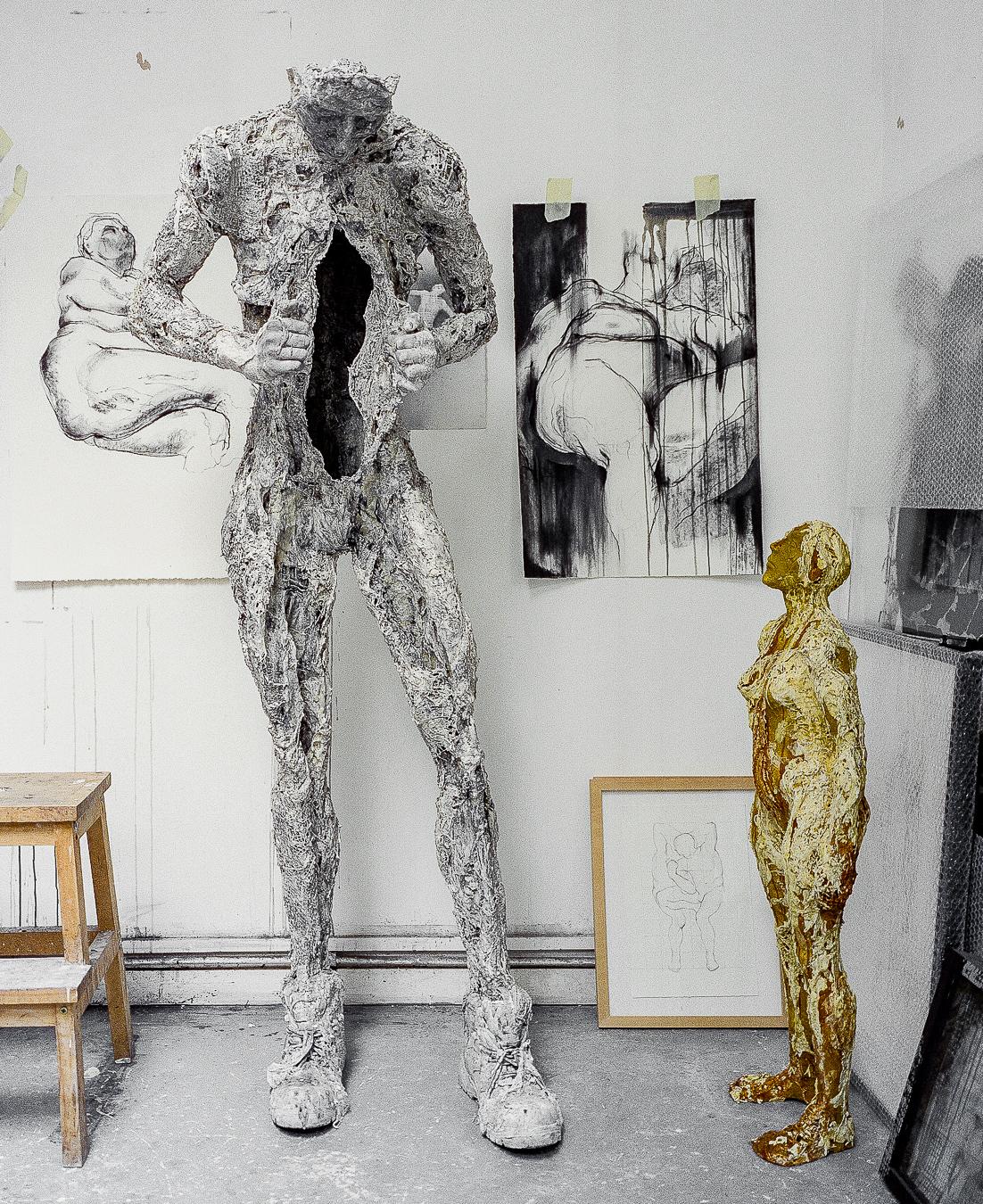 Studio Visit: Anna Gillespie - ARTVISIT.......