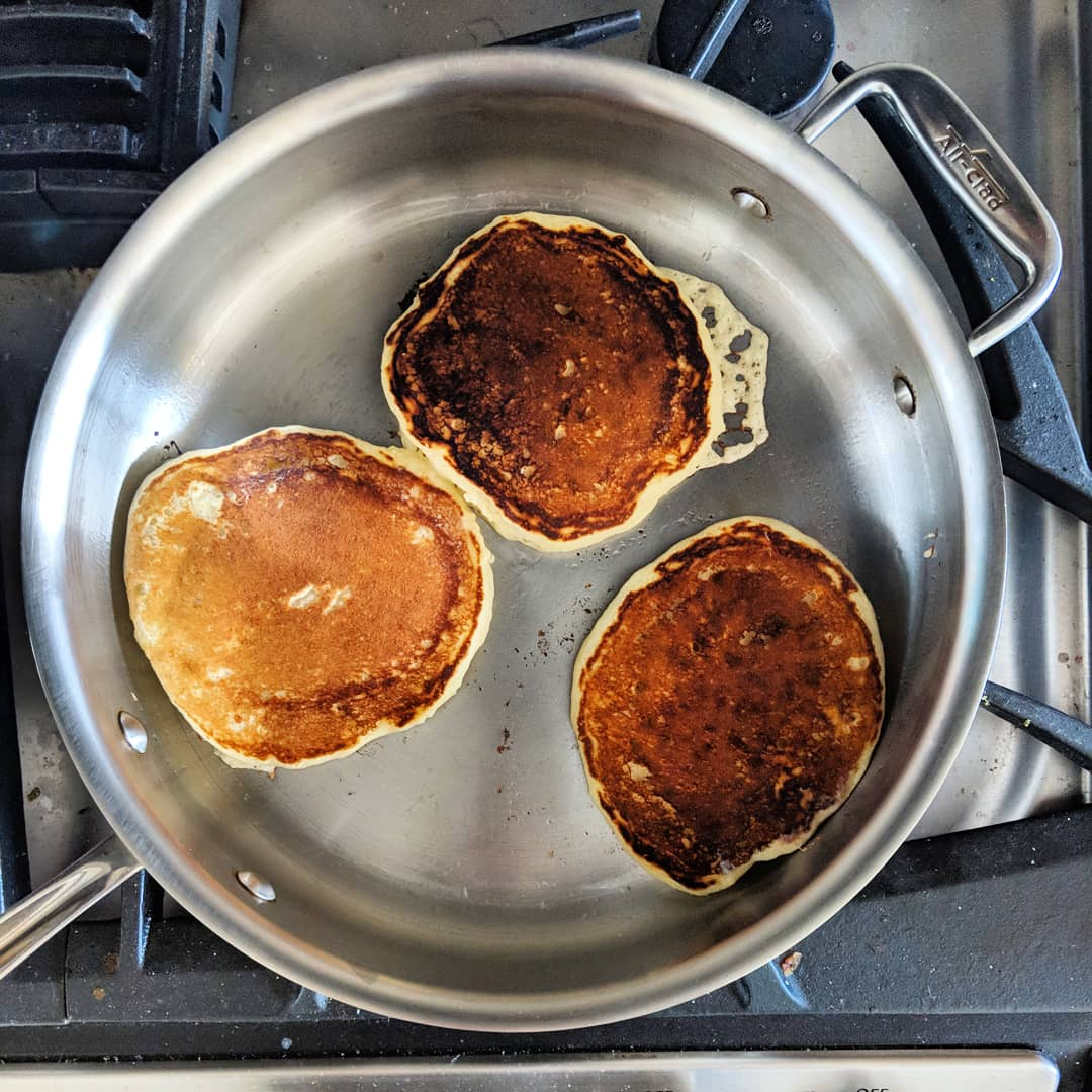 buttermilk_pancakes_in_action.jpg