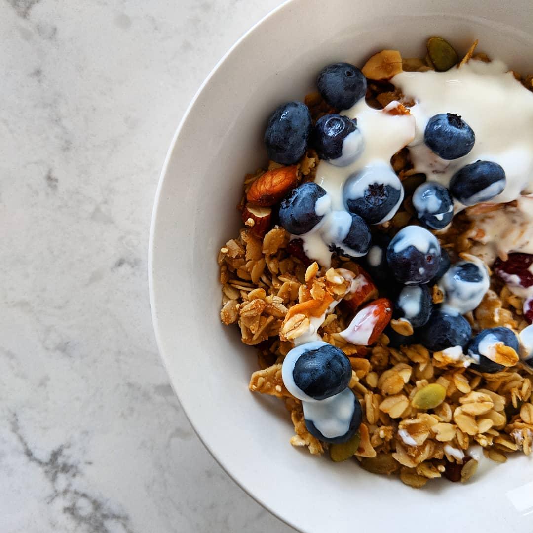 almond_ginger_granola_closeup_blueberries_yogurt.jpg