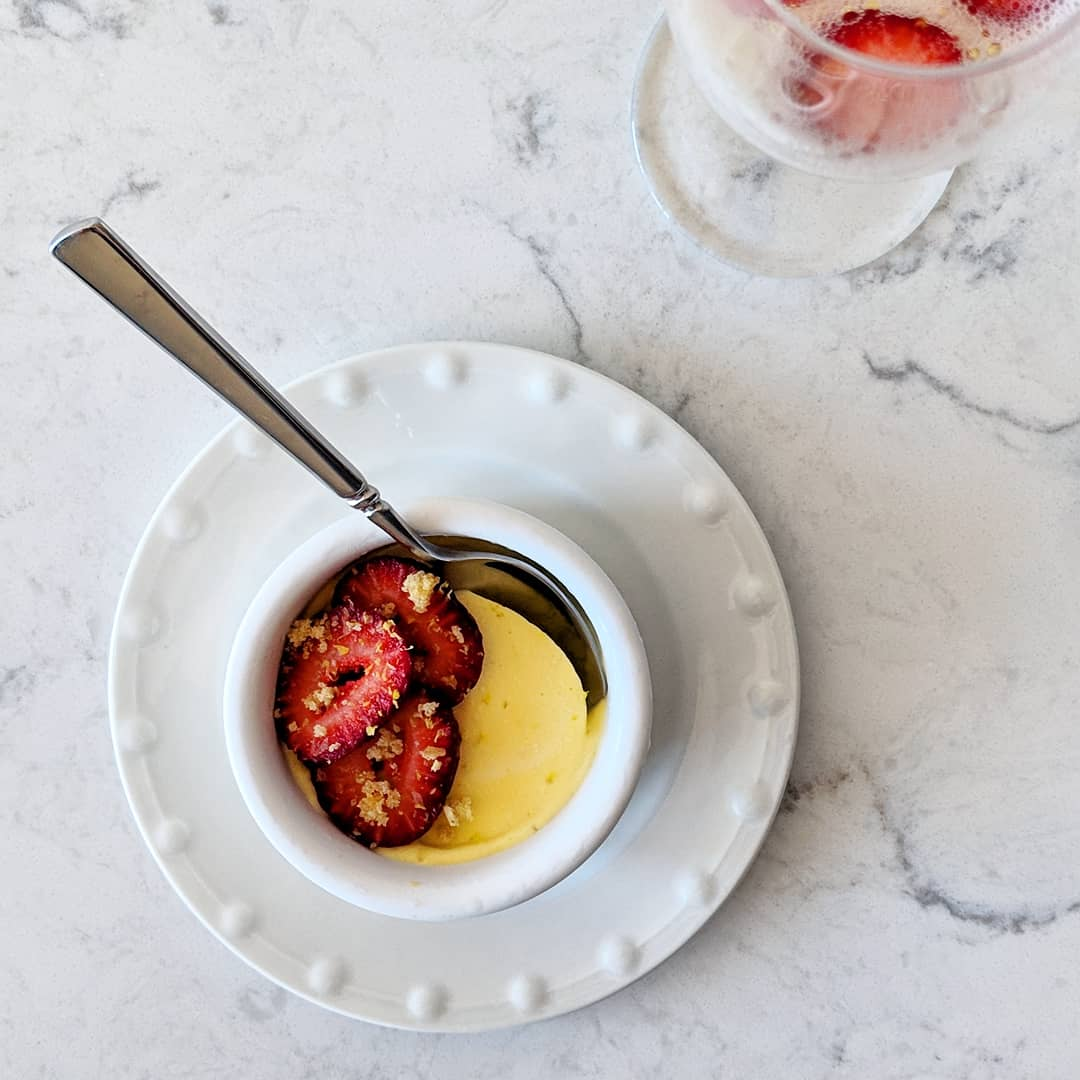 frozen_champagne_zabaglione_with_strawberries_pistachios.jpg