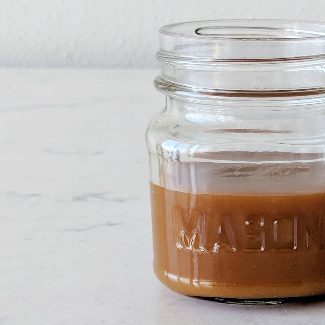 mason_jar_of_apple_cider_caramel.jpg