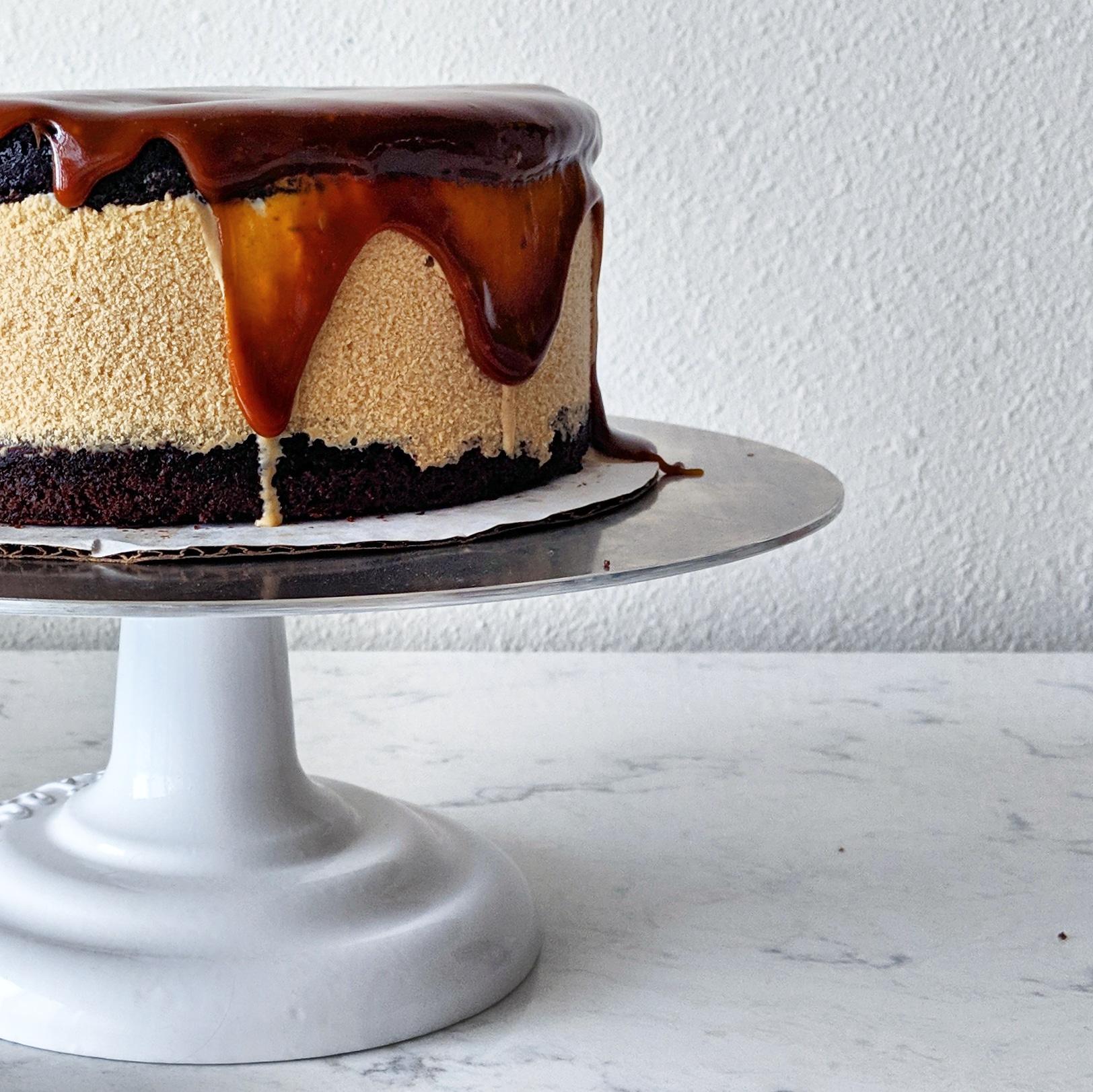caramel_chocolate_and_porter_beer_ice_cream_cake.jpg