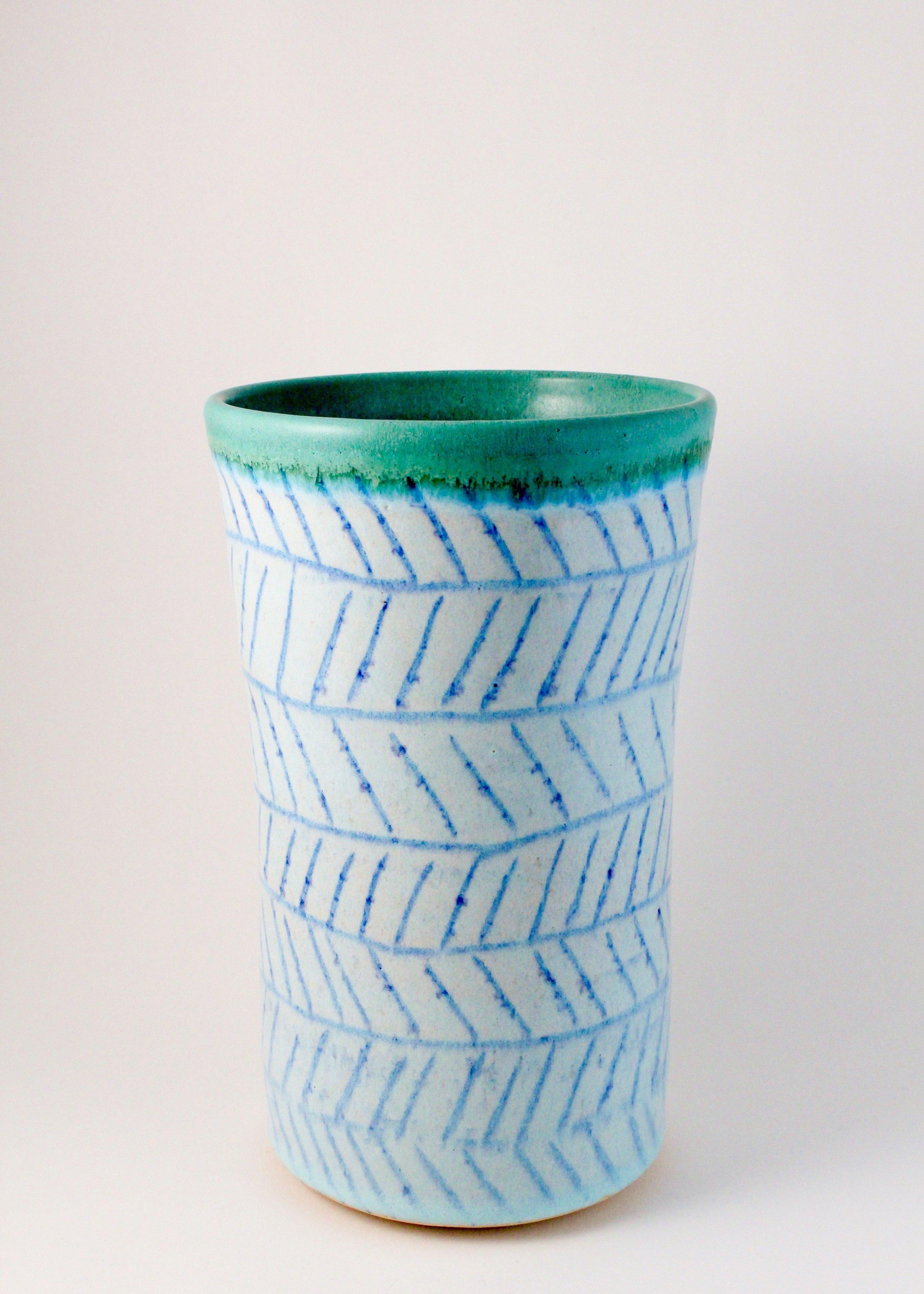 Vase, 2017