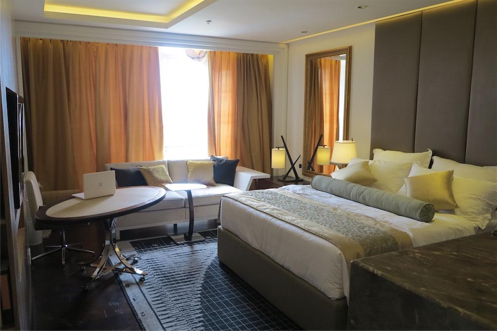 Bangladesh-Le-Meridien-Hotel-11.jpg