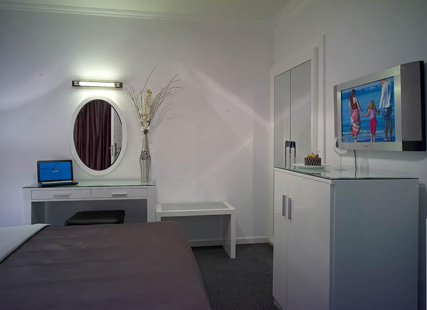 KSA-Reviera-Hotel-7.jpg
