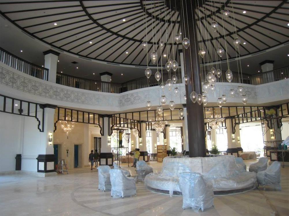 Vietnam-Vingroup-Phu-Quoc-Hotel-1.jpg
