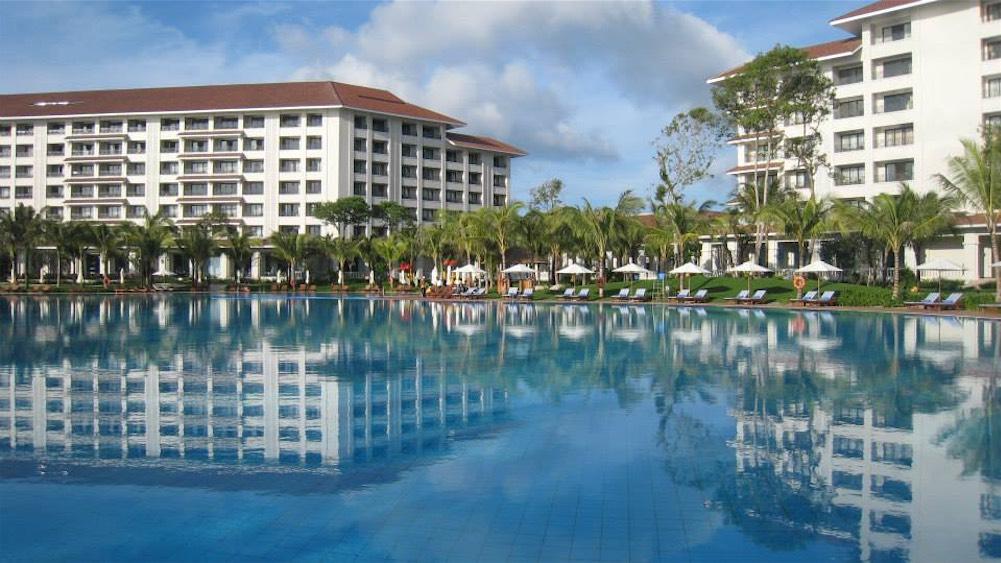 Vietnam-Vingroup-Phu-Quoc-Hotel-4.jpg