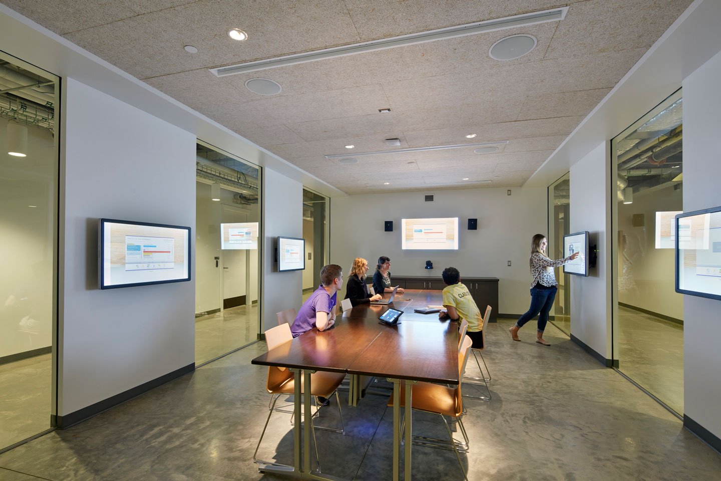 Barazzone Center | Meeting Rooms