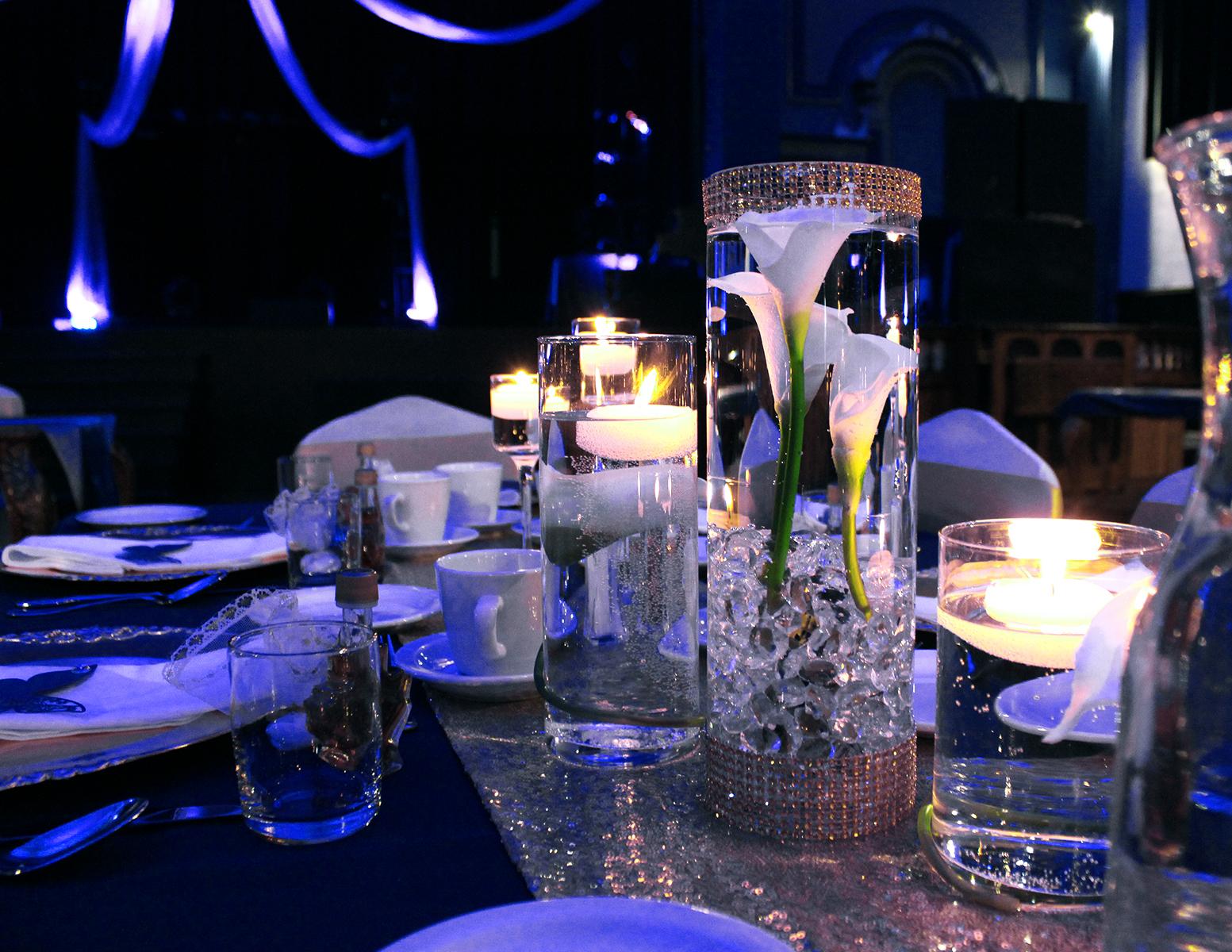 Centre de table fleurs et diamants