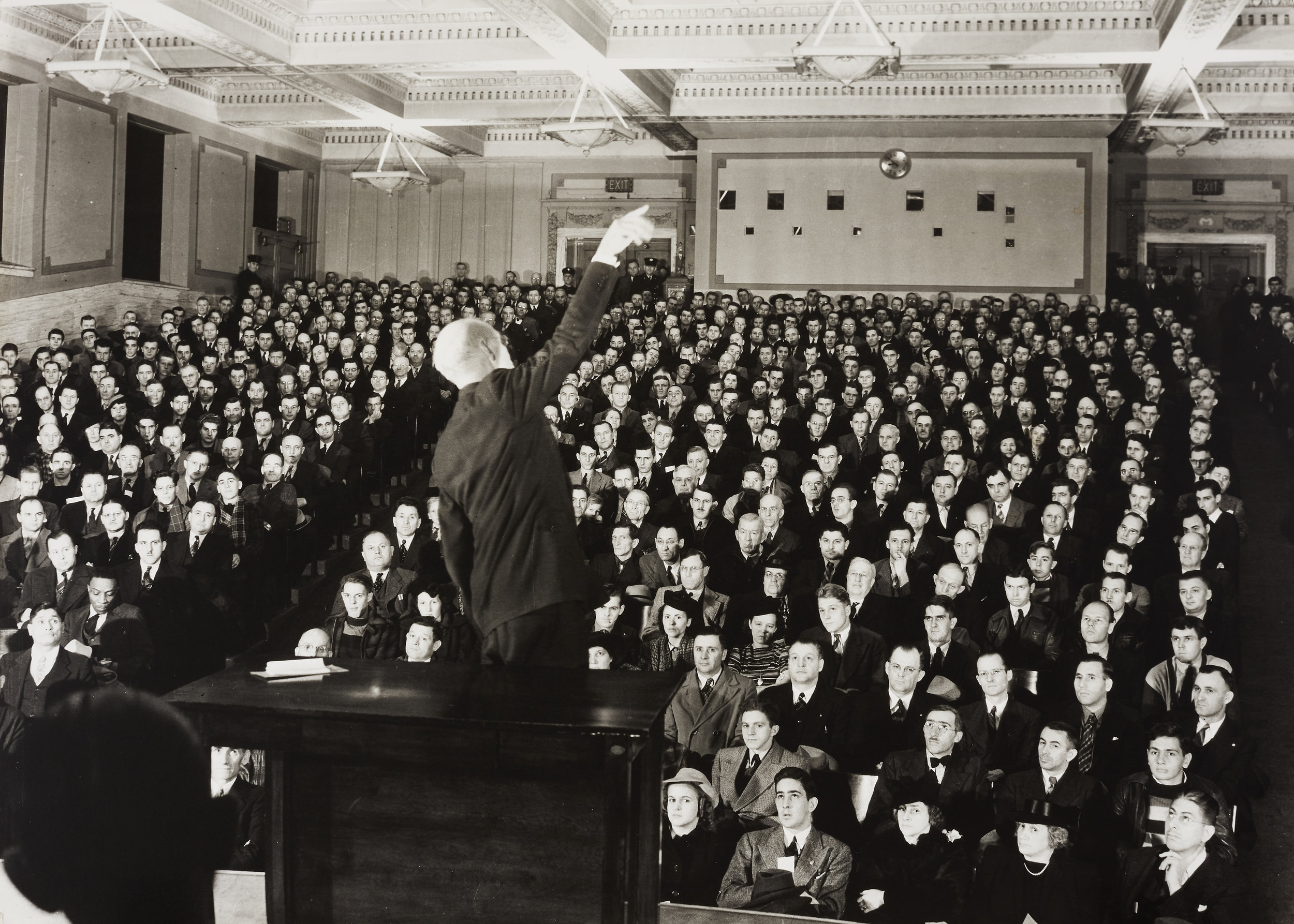 Edward Rohlke Farber,  Foreman's Safety School - 9th Street Auditorium, Milwaukee Library , ca. 1940. Gelatin silver print. Gift of Janet and Marvin Fishman to the Edward Farber Memorial Collection, M1983.388. Copy photo by John R. Glembin. Photo courtesy: Milwaukee Art Museum.