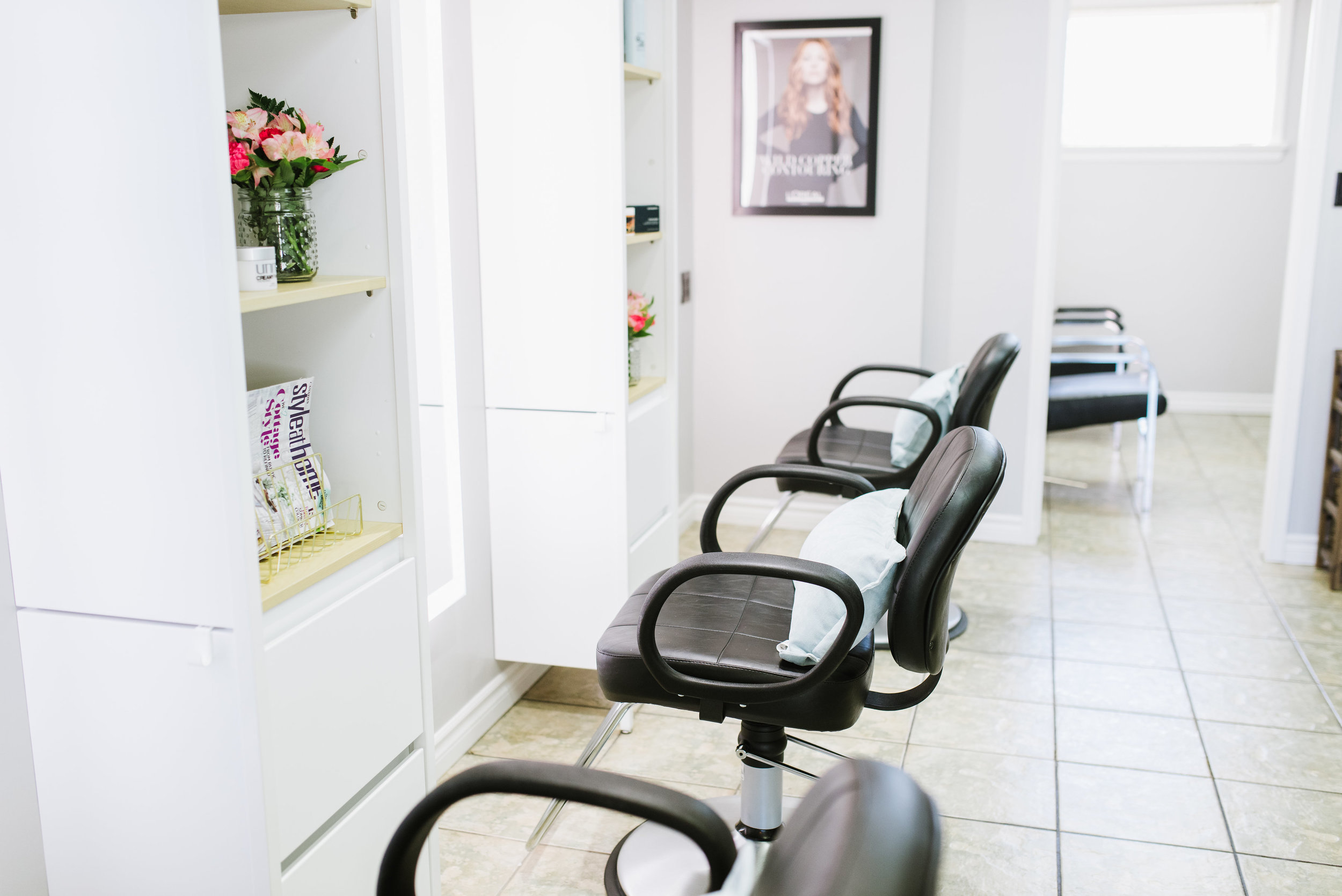 waves salon oshawa side view1.jpg