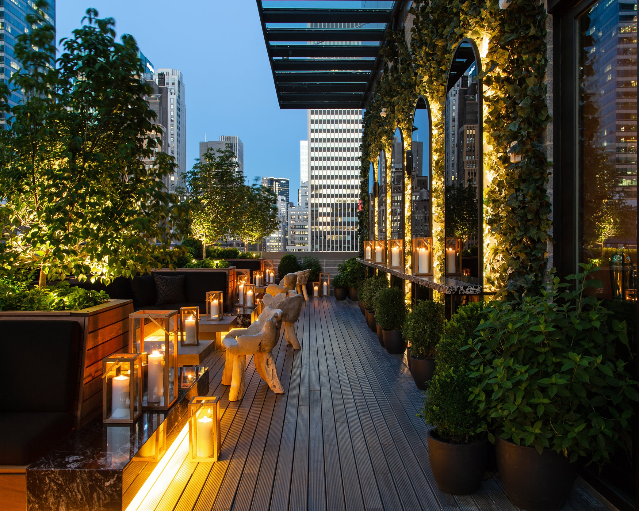 CASTELL ROOFTOP LOUNGE - TIMES SQUARE, MANHATTAN
