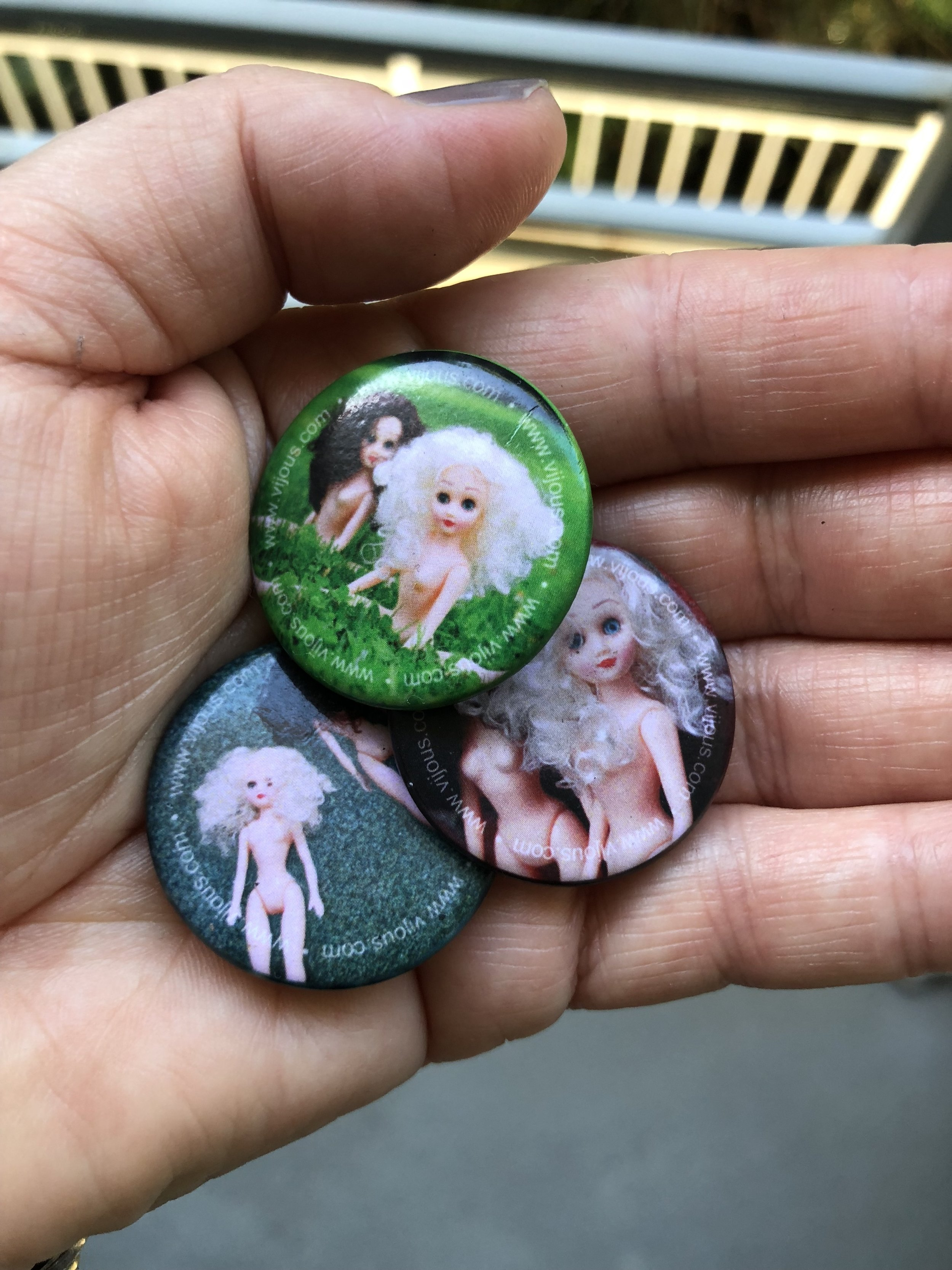 Paige & Ginger buttons