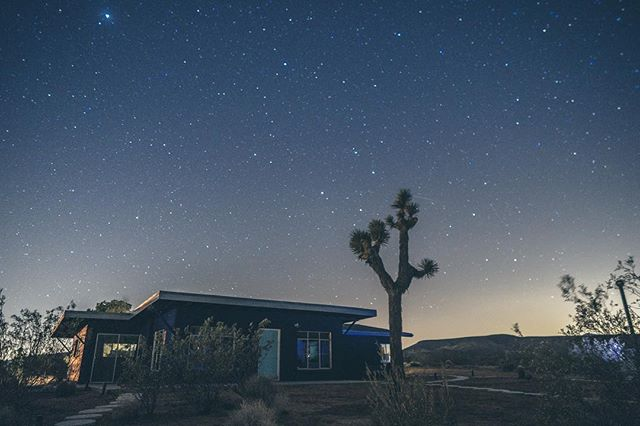 Luna is officially taking reservations!  Visit our link in bio!👽🛸🌵✨ . . 📸: @gabevega . . #starshiplanding #starshipluna #airbnb #airbnbphoto @airbnb #vacationrental #airbnbvacationrental #joshuatree #yuccavalley #pioneertown #landers #rimrock #pipescanyon #wondervalley #flamingoheights #aliens #realestate #vacation #highdesert #propertymanagement #design #california #travel #travelgram #👽