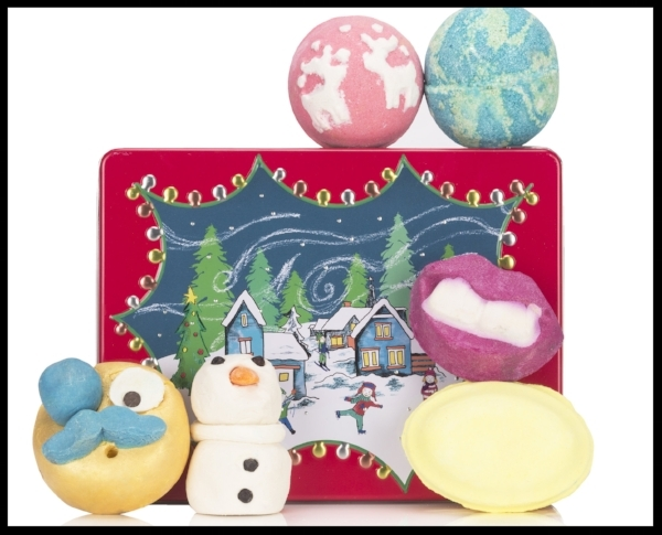 Lush Cosmetics Season Greetings Gift Set  - This gorgeous gift set by Lush contains everything a bathing beauty will love: three bath bombs, two bubble bars and a bubbleroon scented with Sicilian lemon. All the products are festively decorated and are simply (excuse the pun)...lush. £32.50. Buy now.