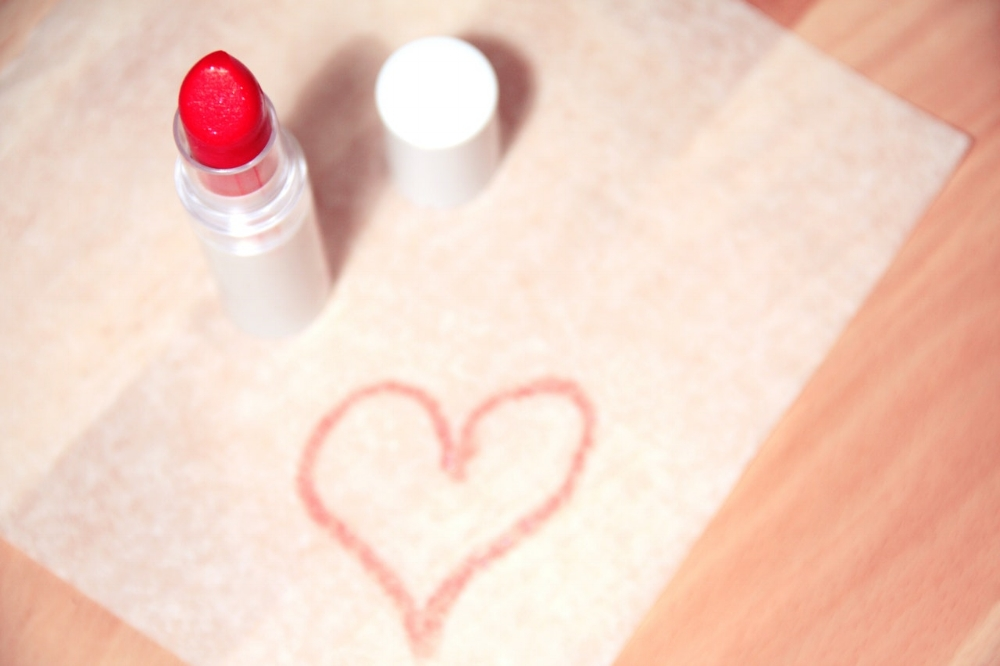 BRIGHT, BOLD AND BEAUTIFUL: 7 BEST VEGAN RED LIPSTICKS -