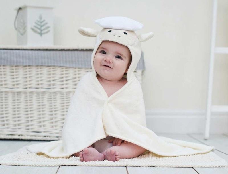 Spring-Lamb-Baby-Towel-lifestyle.jpg
