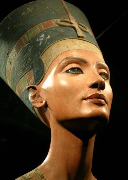 The famous bust of Nefertiti.