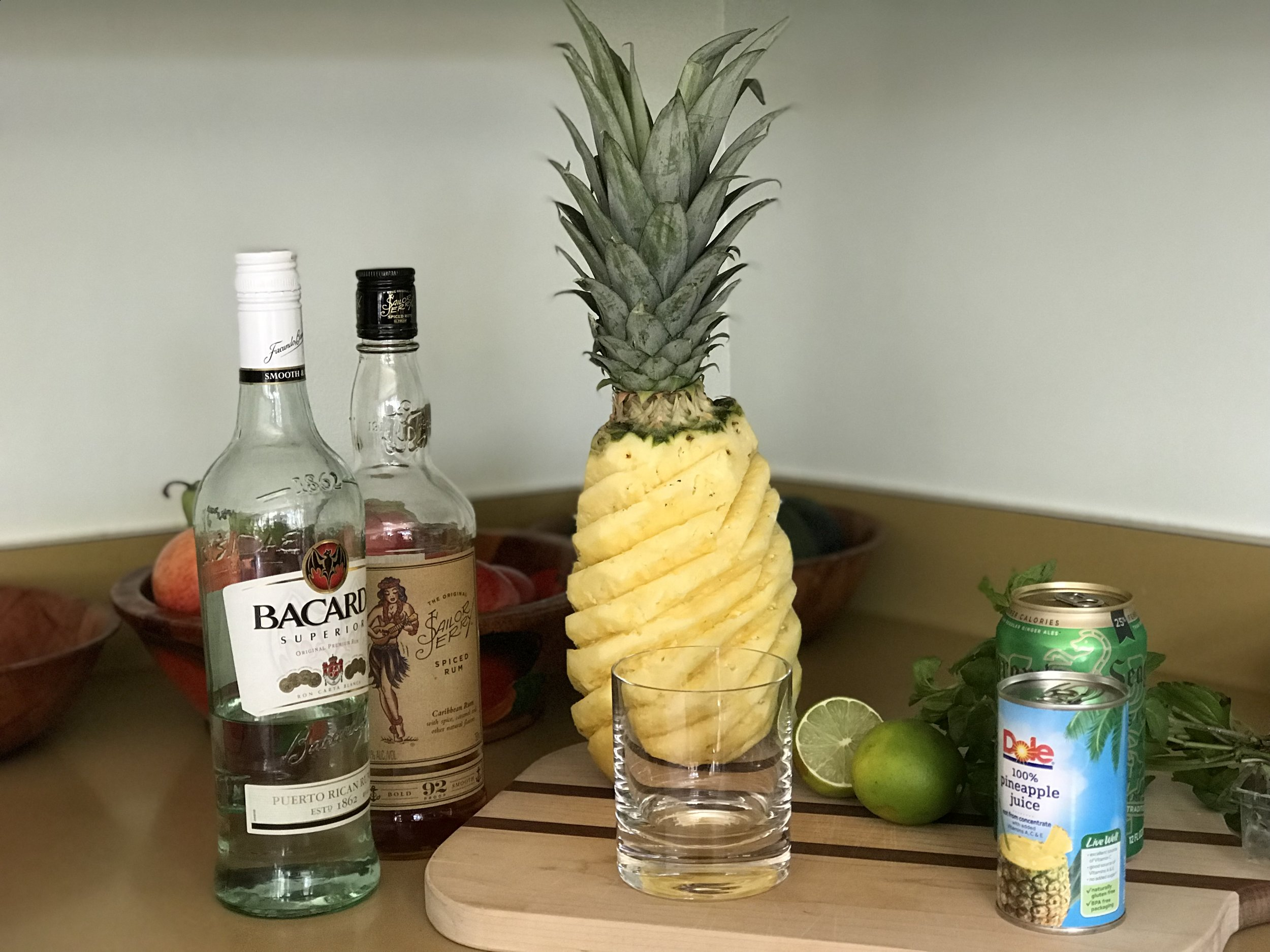 pineapple station
