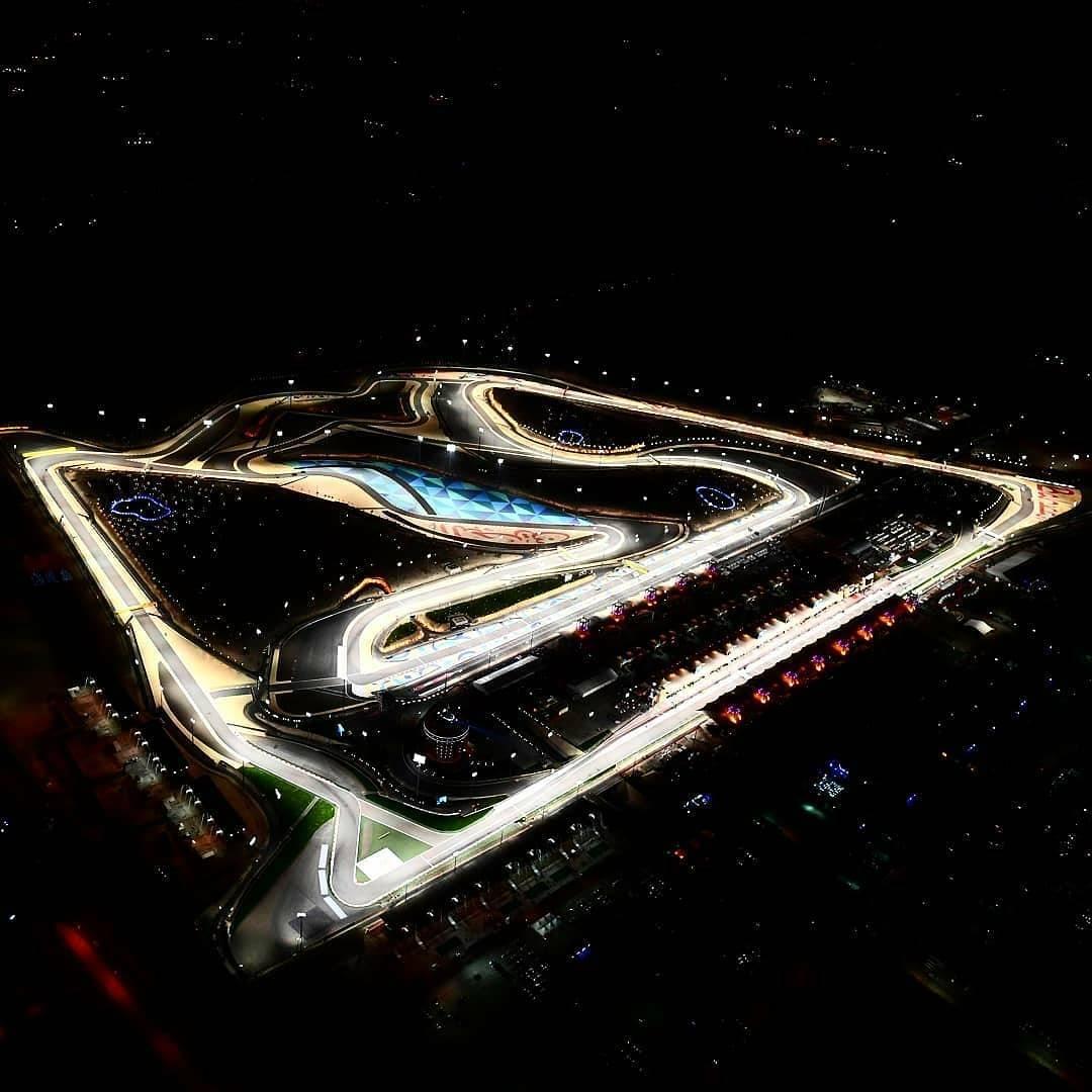 bahrain night circuit 2017.jpg