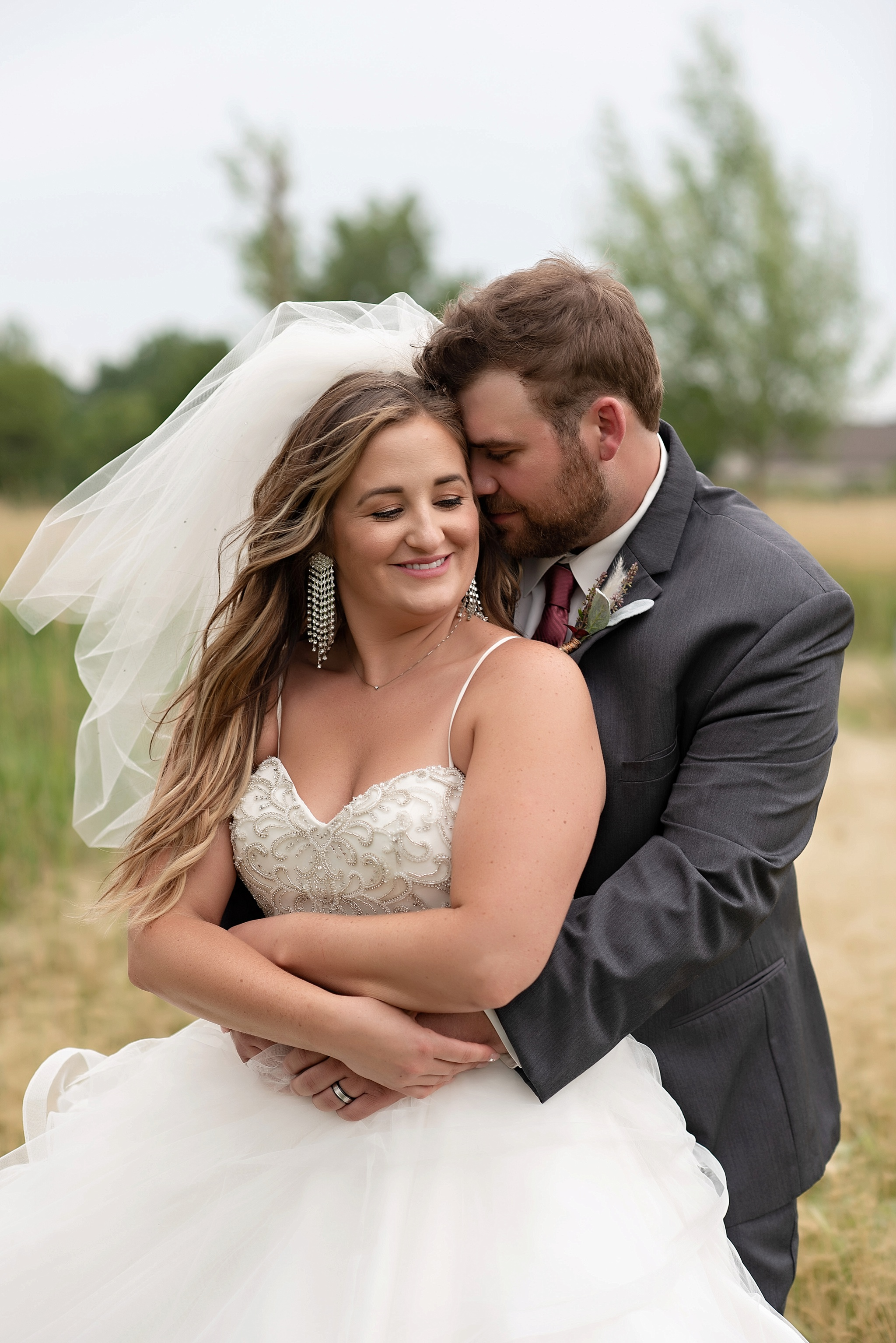 wedding portraits kate jones studios sioux falls south dakota wedding photographer