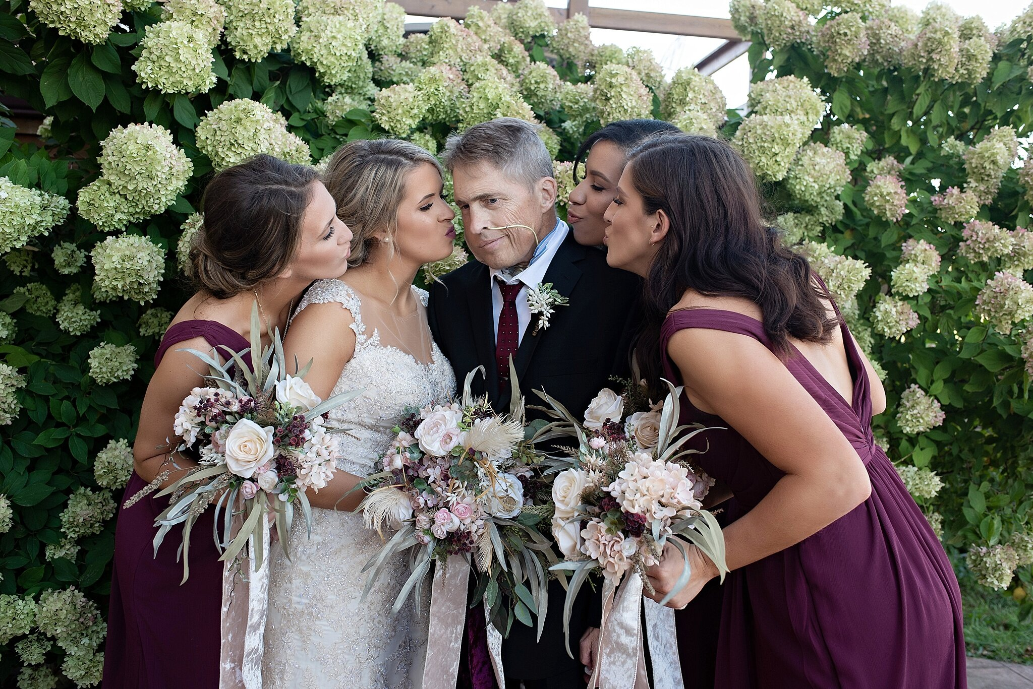 ill father poses with his daughters on her wedding day