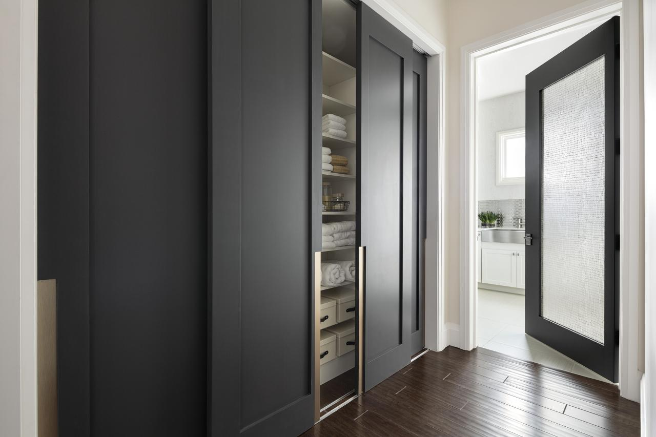 TRUSTILE modern closet doors with custom pulls