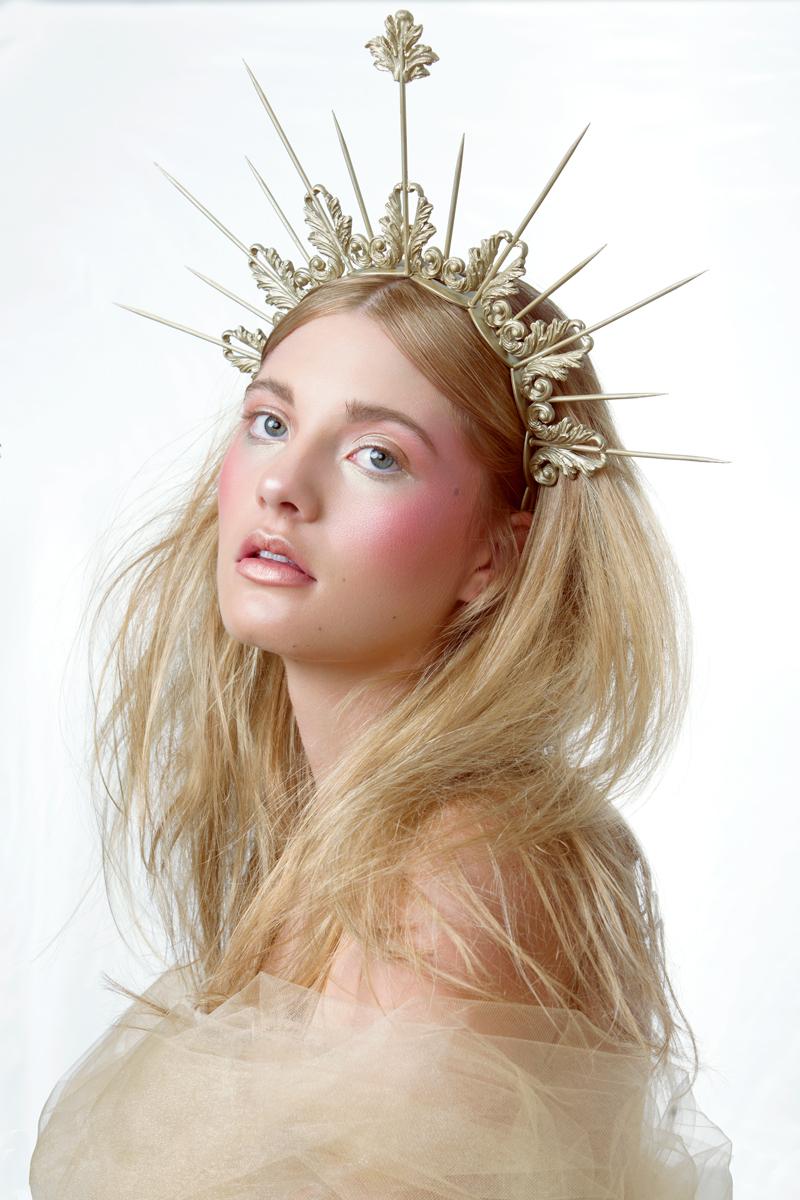 Heavenly-Bodies-Beauty-Editorial-by-Nicole-York-(3-of-6).jpg