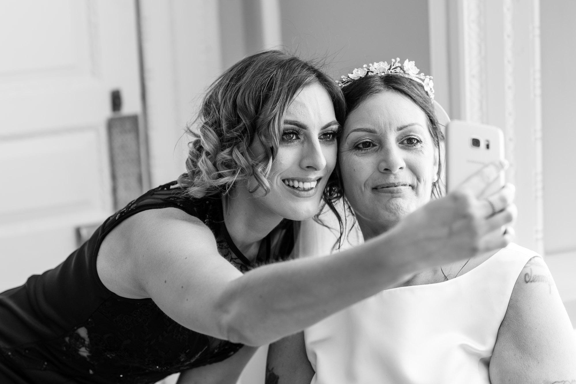 Bride and her daughter selfie