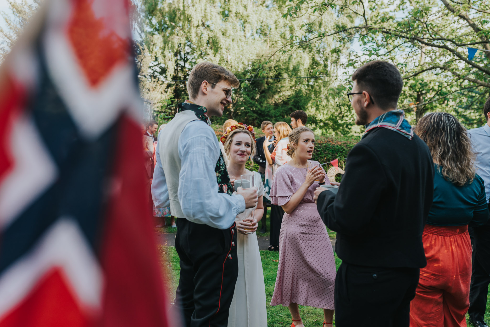 Norwegian flag and bride and groom