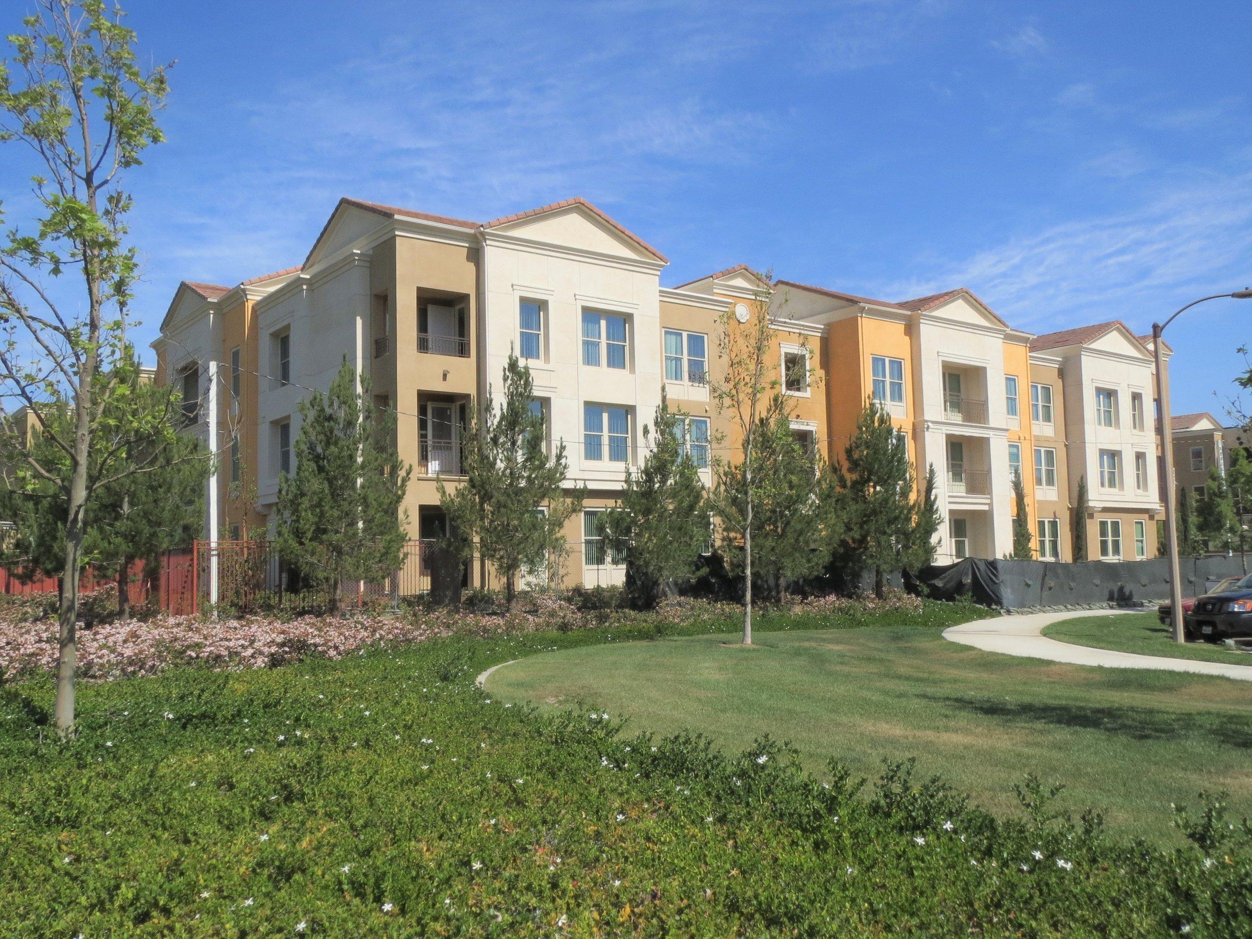 Alegre Apartments, Irvine